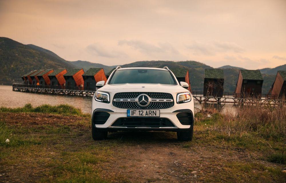 Descoperim Dunărea cu Mercedes-Benz GLB (ziua 1): Chipul lui Decebal sculptat în piatră și un hotel ca în Maldive - Poza 14