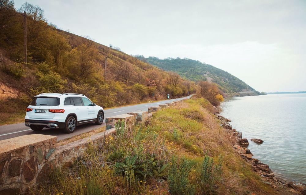 Descoperim Dunărea cu Mercedes-Benz GLB (ziua 1): Chipul lui Decebal sculptat în piatră și un hotel ca în Maldive - Poza 4