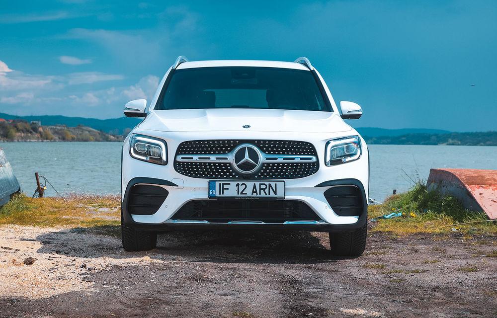 Descoperim Dunărea cu Mercedes-Benz GLB (ziua 1): Chipul lui Decebal sculptat în piatră și un hotel ca în Maldive - Poza 32