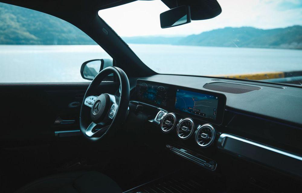 Descoperim Dunărea cu Mercedes-Benz GLB (ziua 1): Chipul lui Decebal sculptat în piatră și un hotel ca în Maldive - Poza 30