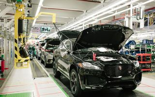Criza mondială de semiconductori: Jaguar Land Rover oprește temporar producția la două uzine din Marea Britanie