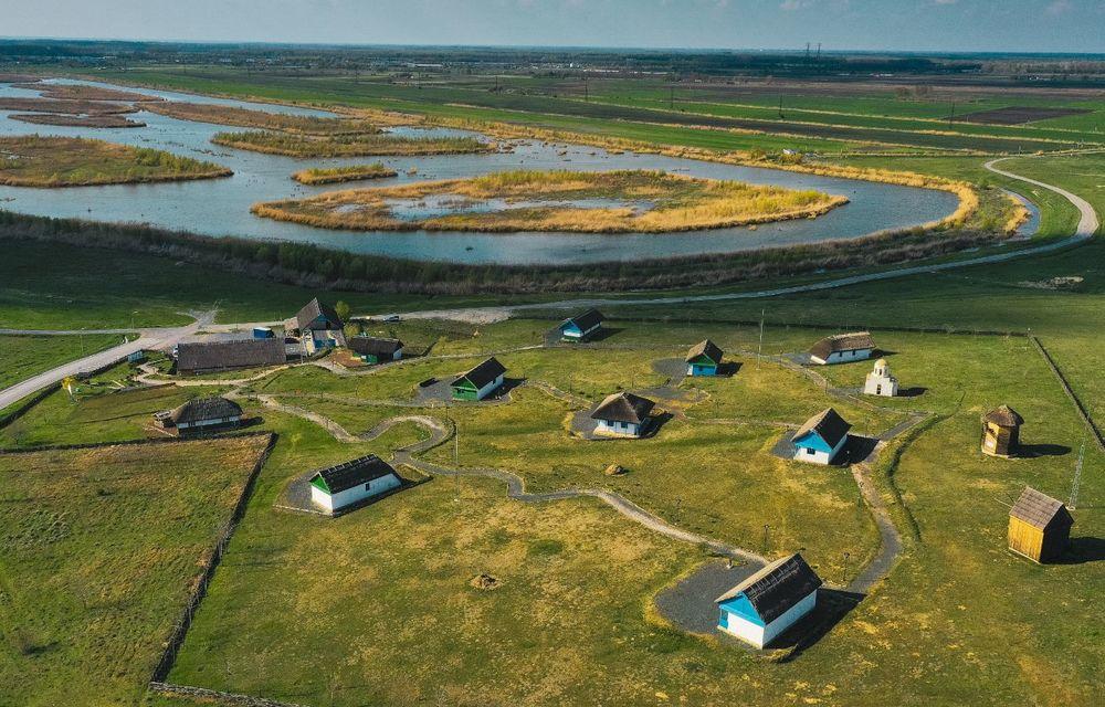 Descoperim Dunărea cu Mercedes-Benz GLB (ultima zi): vizită într-un sat pescăresc și miracolul Deltei - Poza 33