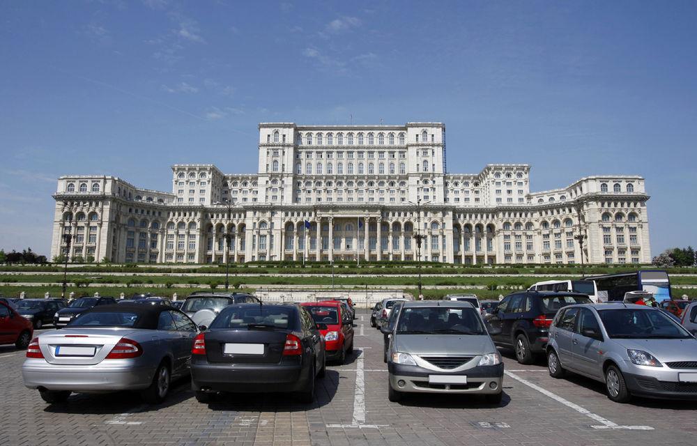 Parcările de reședință din București se scumpesc de anul viitor: prețuri între 300 și 600 de lei - Poza 1