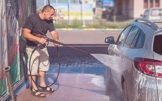 Peste 60% dintre șoferii români preferă spălătoriile auto self-service
