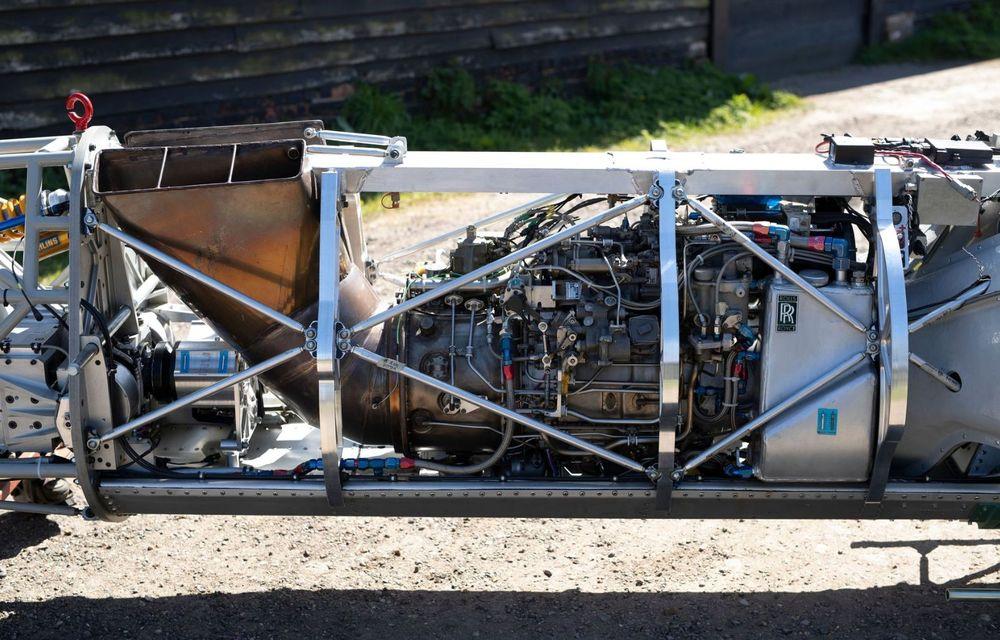 Britanicii vor să atingă peste 640 km/h cu o motocicletă propulsată de un motor de elicopter - Poza 6