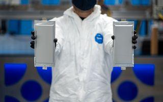 BMW și Ford conduc un consorțiu care investește 130 de milioane de dolari în bateriile solid-state