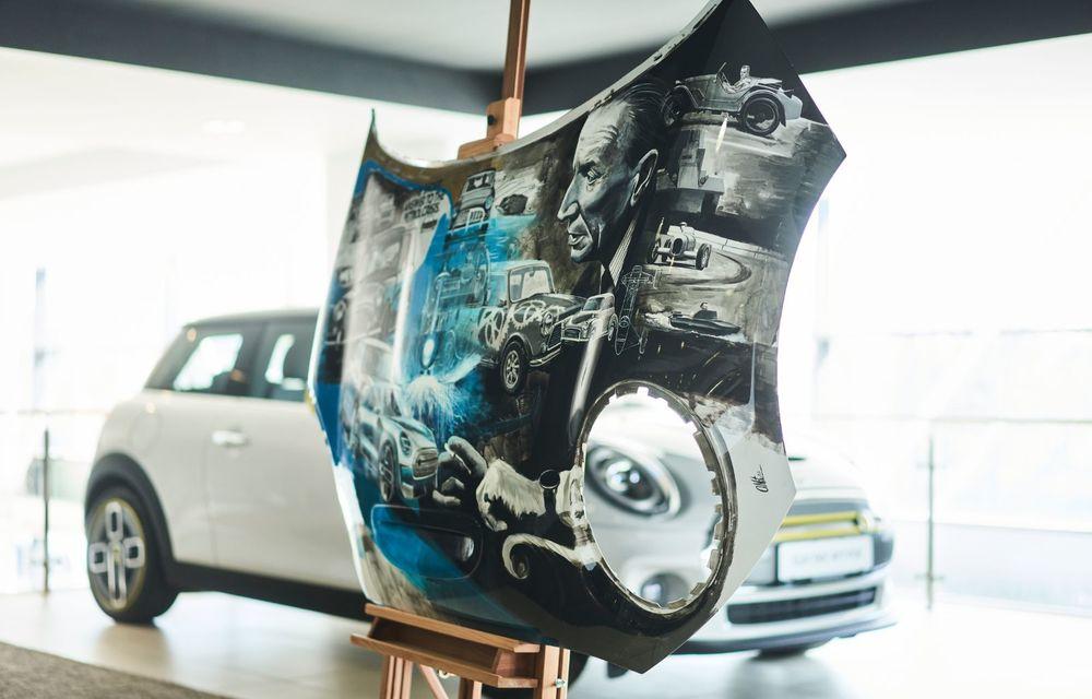 Mini facelift a debutat în România în compania unui proiect de artă, semnat de un pictor român - Poza 13