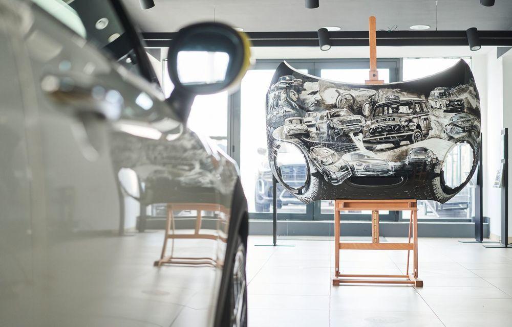 Mini facelift a debutat în România în compania unui proiect de artă, semnat de un pictor român - Poza 12