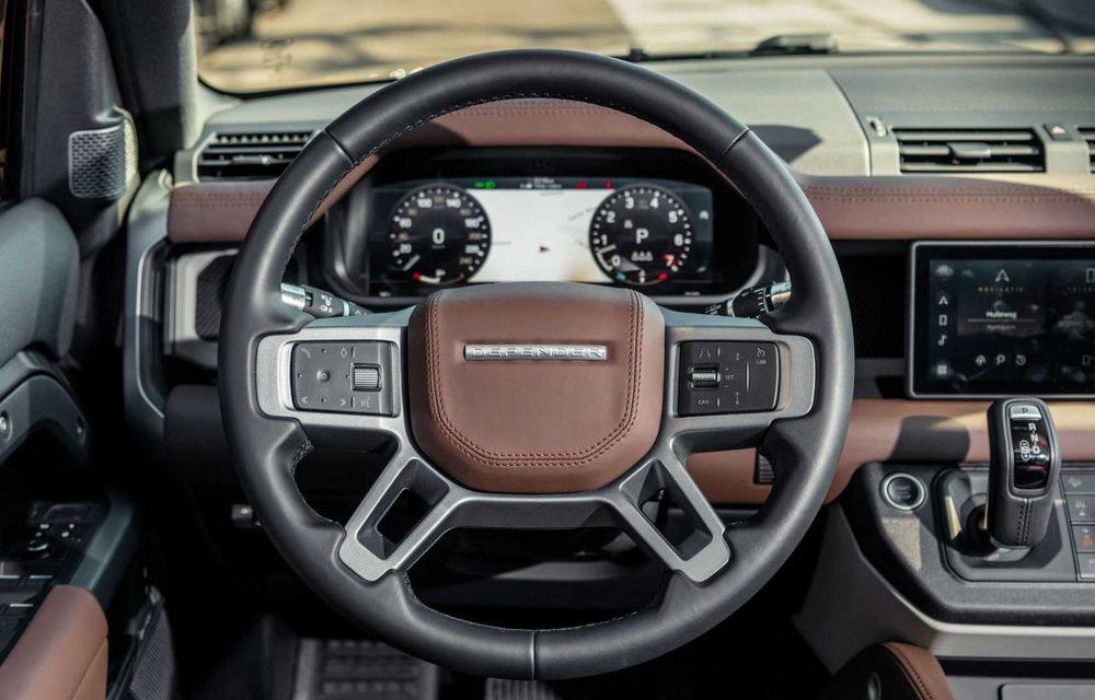 Accesorii ciudate pentru Land Rover Defender: bucăți de caroserie cu aspect ruginit - Poza 8