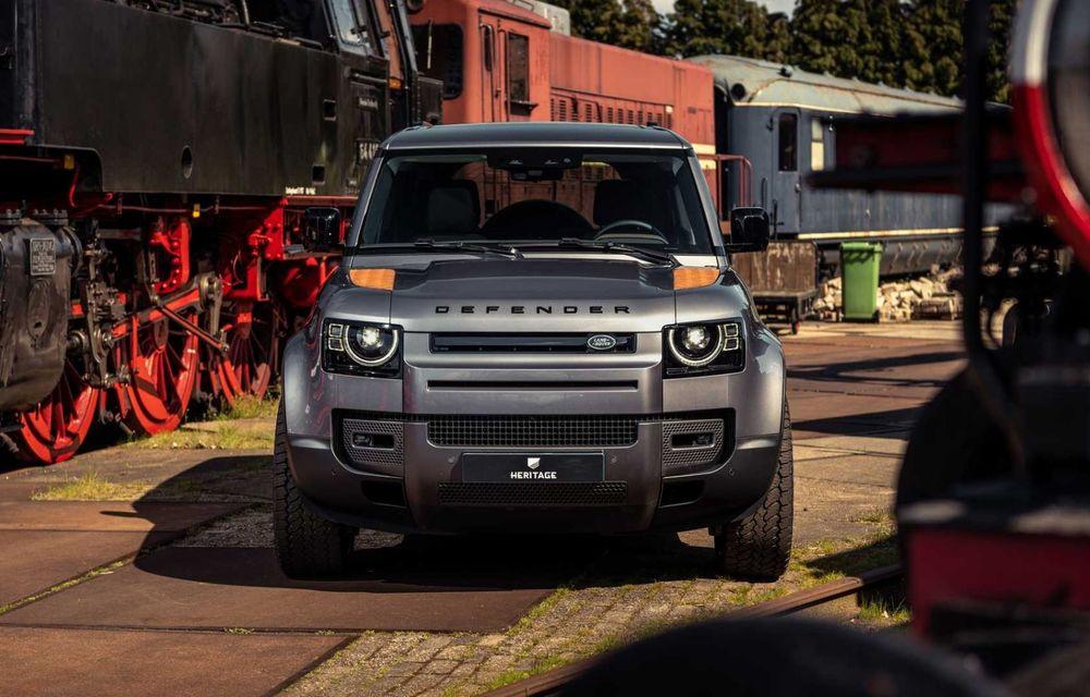 Accesorii ciudate pentru Land Rover Defender: bucăți de caroserie cu aspect ruginit - Poza 6