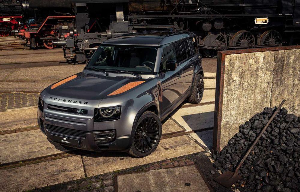 Accesorii ciudate pentru Land Rover Defender: bucăți de caroserie cu aspect ruginit - Poza 3