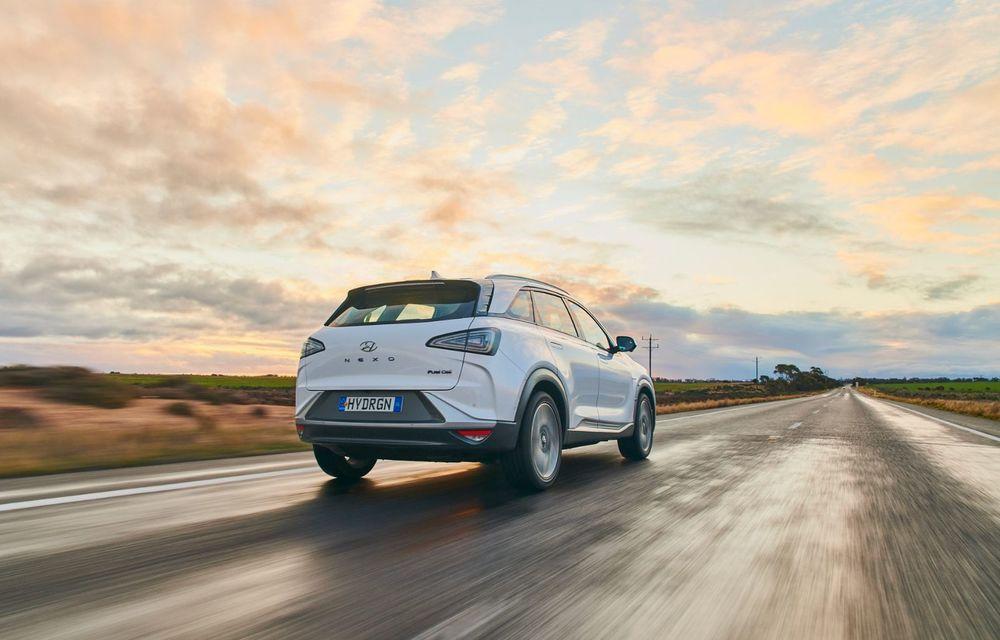 Record mondial: Hyundai Nexo a parcurs 887 de kilometri cu un singur plin de hidrogen - Poza 6