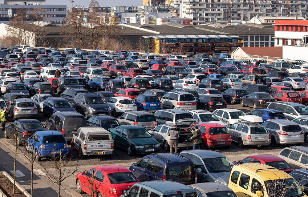 Studiu: Românii ajung să plătească de trei ori mai mult pentru o maşină second hand adusă din Germania - Poza 1