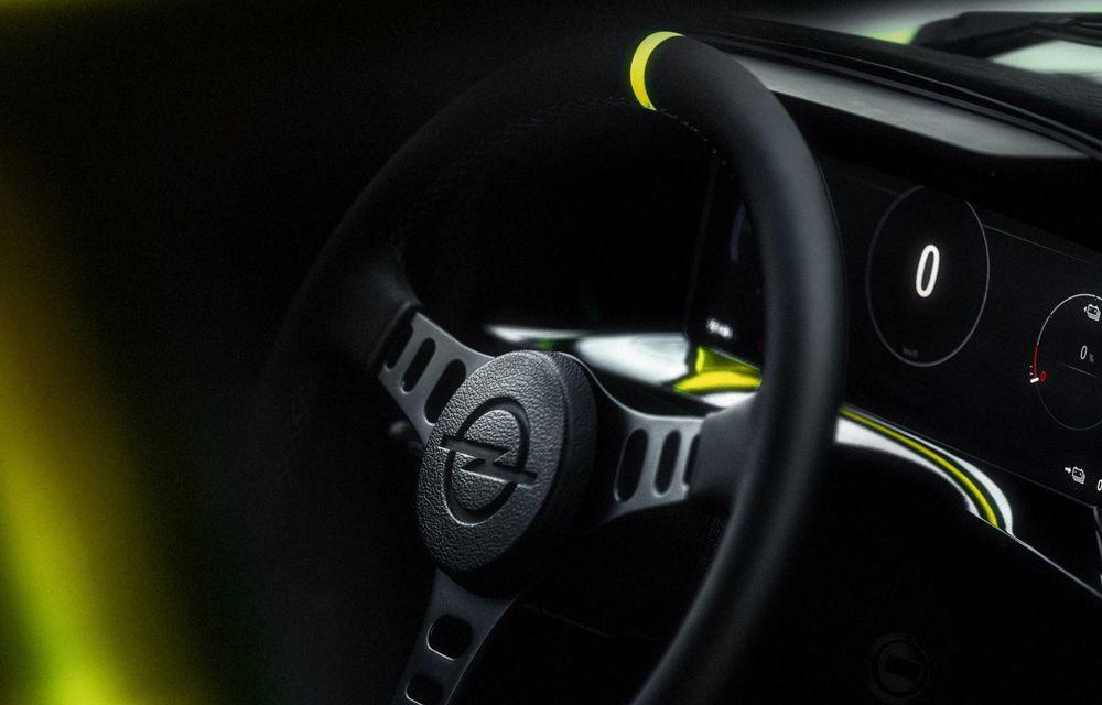 Opel Manta GSe ElektroMod: concept electric cu design retro, 200 km autonomie și transmisie manuală - Poza 9