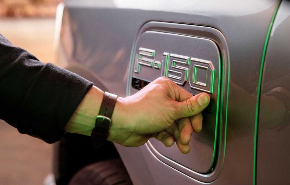 Noul Ford F-150 Lightning: primul pick-up electric din istoria Ford are 482 km autonomie și costă 40.000 dolari - Poza 18