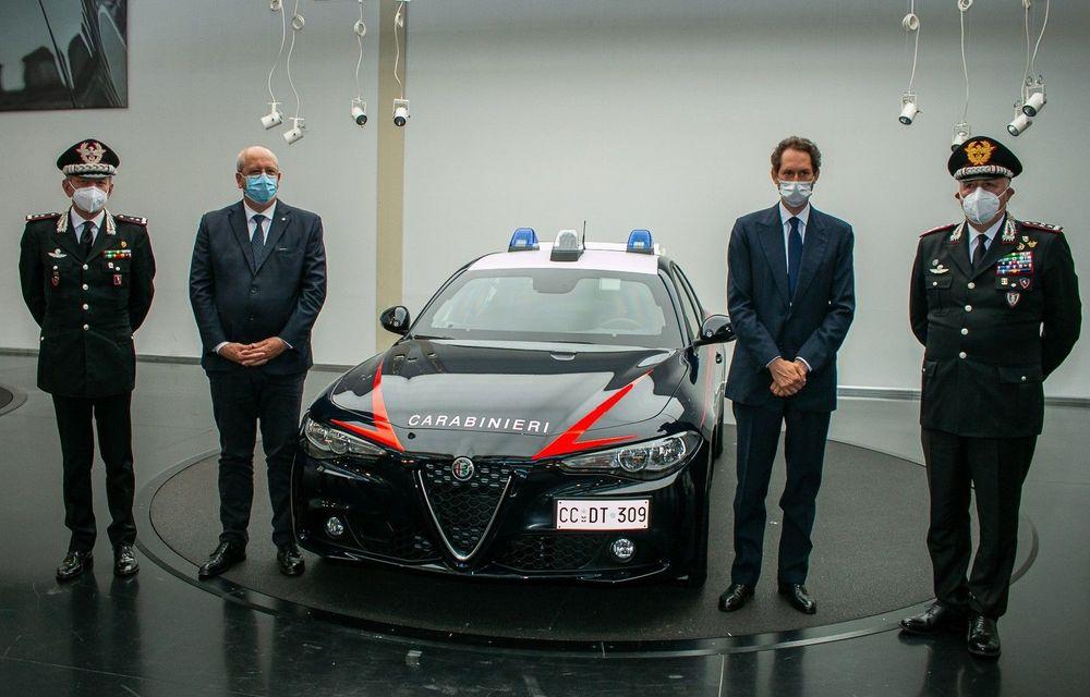 Italia: Alfa Romeo va livra 1.770 de exemplare Giulia către Carabinieri - Poza 3