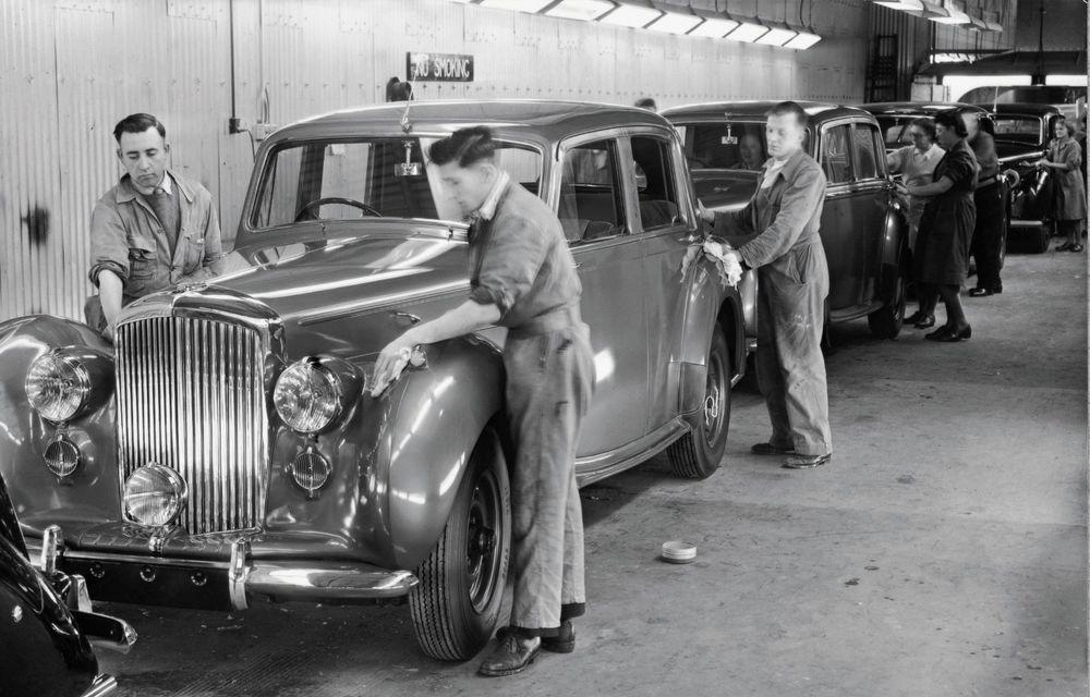 Bentley sărbătorește 75 de ani de la producția primului său model la Crewe - Poza 3