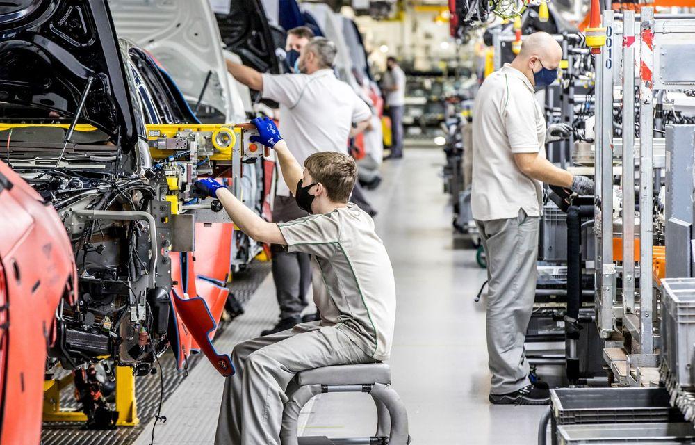 Bentley sărbătorește 75 de ani de la producția primului său model la Crewe - Poza 4