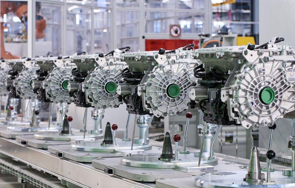 BMW începe producţia de motoare electrice pentru iX şi i4 - Poza 1