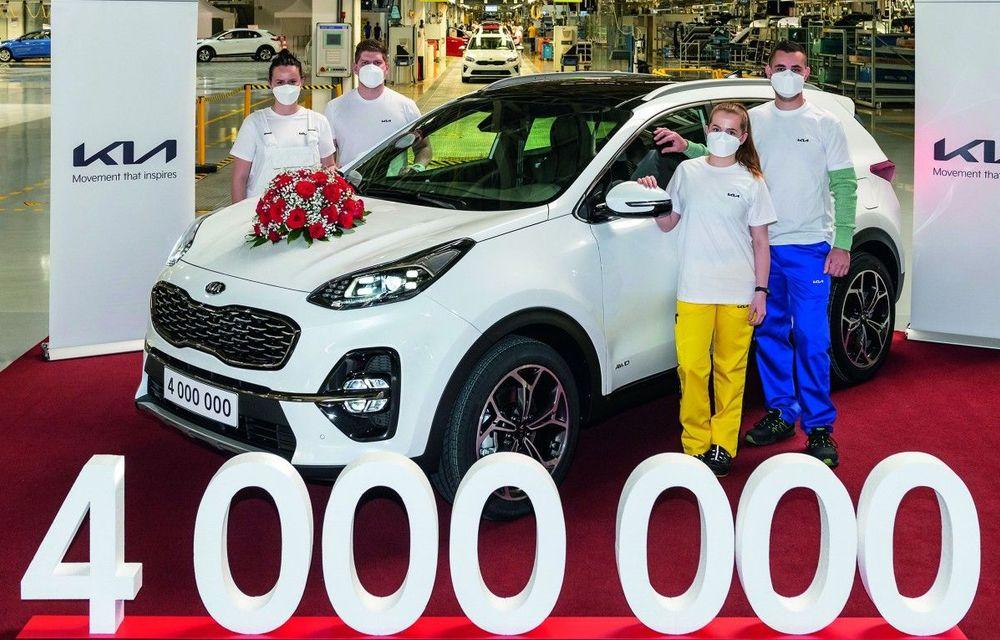 Kia a atins borna 4.000.000 de mașini produse la uzina din Slovacia - Poza 2