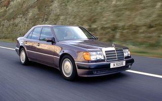 În urmă cu 30 de ani, Mercedes-Benz și Porsche și-au unit forțele pentru a crea celebrul sedan 500 E