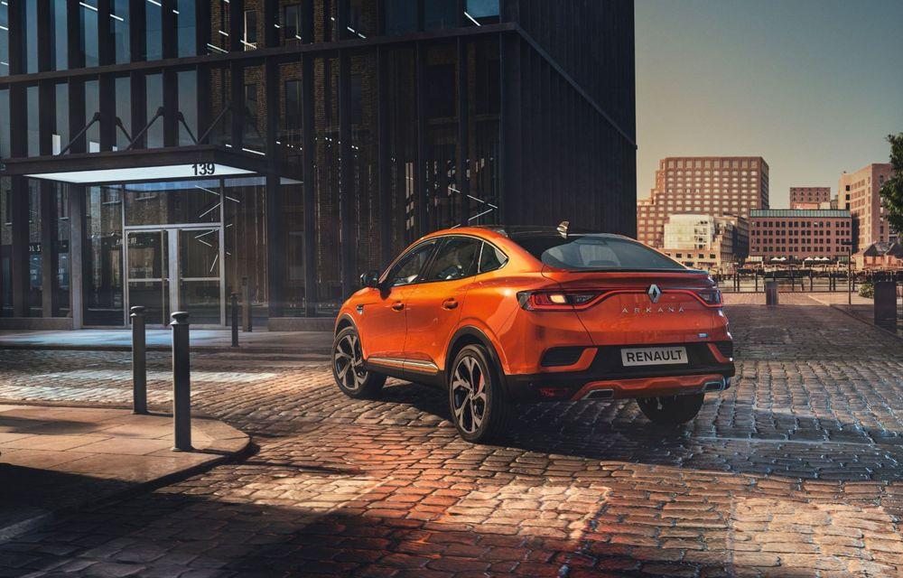 """Mașinile din """"Aventour la feminin"""" by Textar: Renault Arkana, un SUV coupe cu rol de pionier în segmentul său - Poza 3"""
