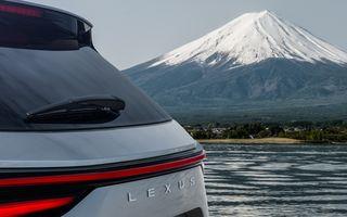 Prima imagine cu viitorul Lexus NX. Japonezii anunță o serie de îmbunătățiri exterioare și interioare