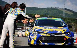 O Toyota Corolla alimentată cu hidrogen a concurat într-o cursă de anduranță 24 de ore