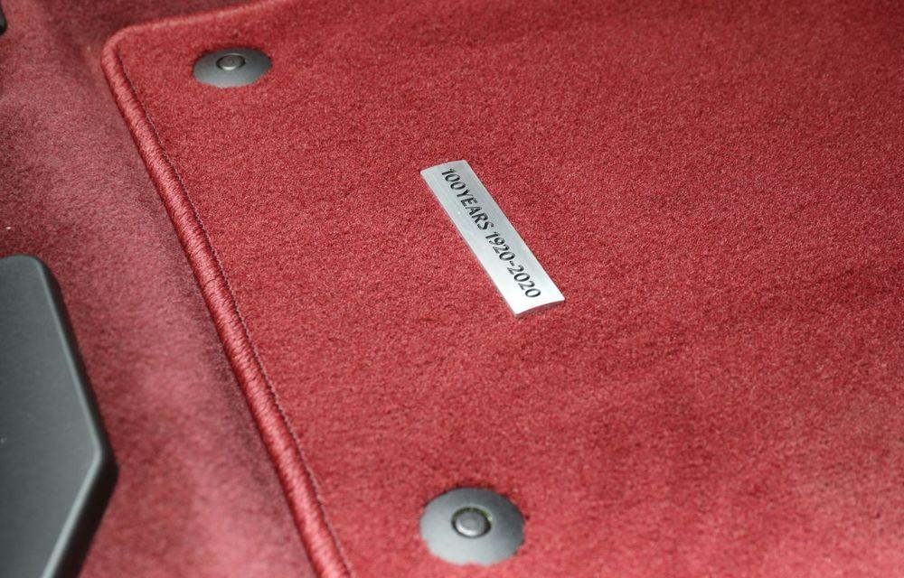 """Mașinile din """"Aventour la feminin"""": Mazda CX-30 ediție aniversară, un SUV pentru 100 de ani de precizie japoneză - Poza 20"""