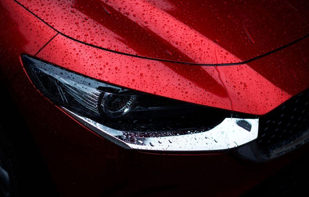 """Mașinile din """"Aventour la feminin"""": Mazda CX-30 ediție aniversară, un SUV pentru 100 de ani de precizie japoneză - Poza 11"""