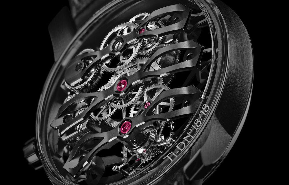 Aston Martin și orologierul Girard-Perregaux dau naștere unui ceas care costă 146.000 de dolari - Poza 8