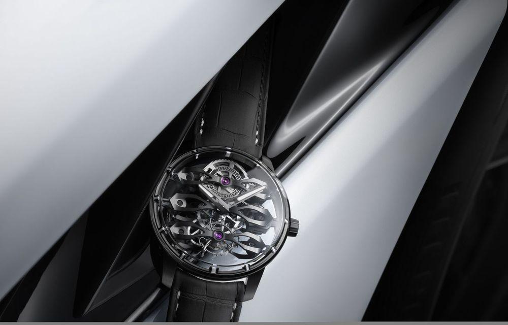 Aston Martin și orologierul Girard-Perregaux dau naștere unui ceas care costă 146.000 de dolari - Poza 10
