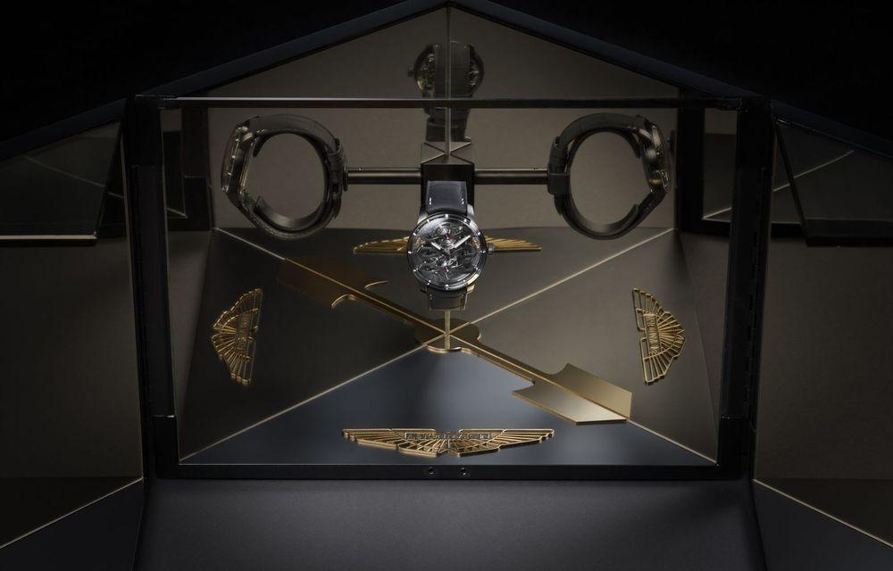 Aston Martin și orologierul Girard-Perregaux dau naștere unui ceas care costă 146.000 de dolari - Poza 11