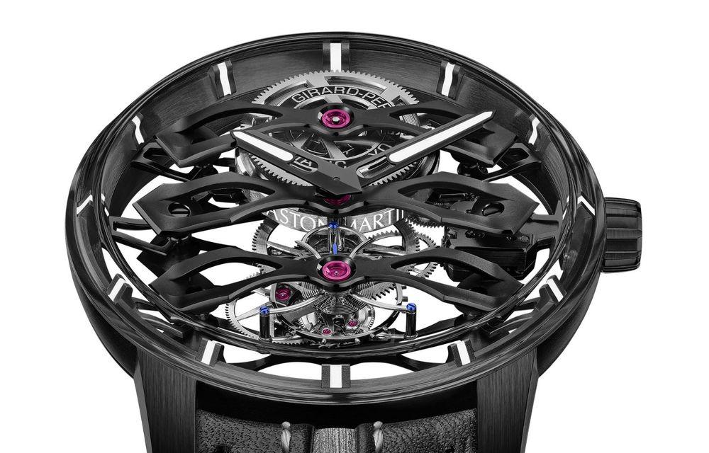 Aston Martin și orologierul Girard-Perregaux dau naștere unui ceas care costă 146.000 de dolari - Poza 13