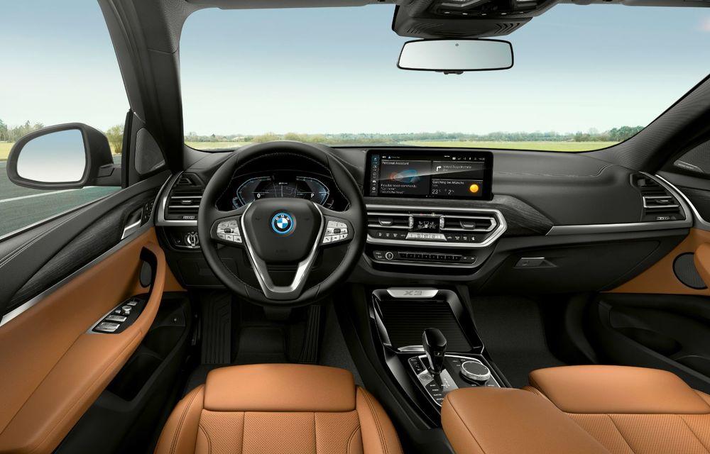 BMW lansează noile X3 și X4 facelift. Versiunile M și M Competition au acum mai mult cuplu - Poza 23