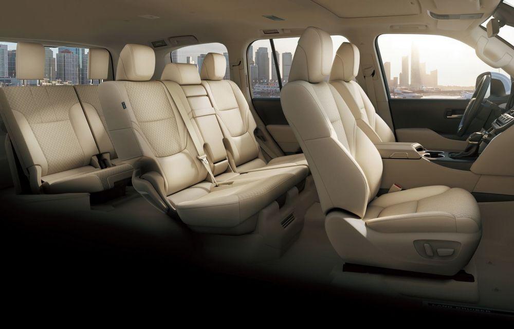Noua generație Toyota Land Cruiser: platformă nouă și motoare V6 cu până la 415 CP - Poza 11