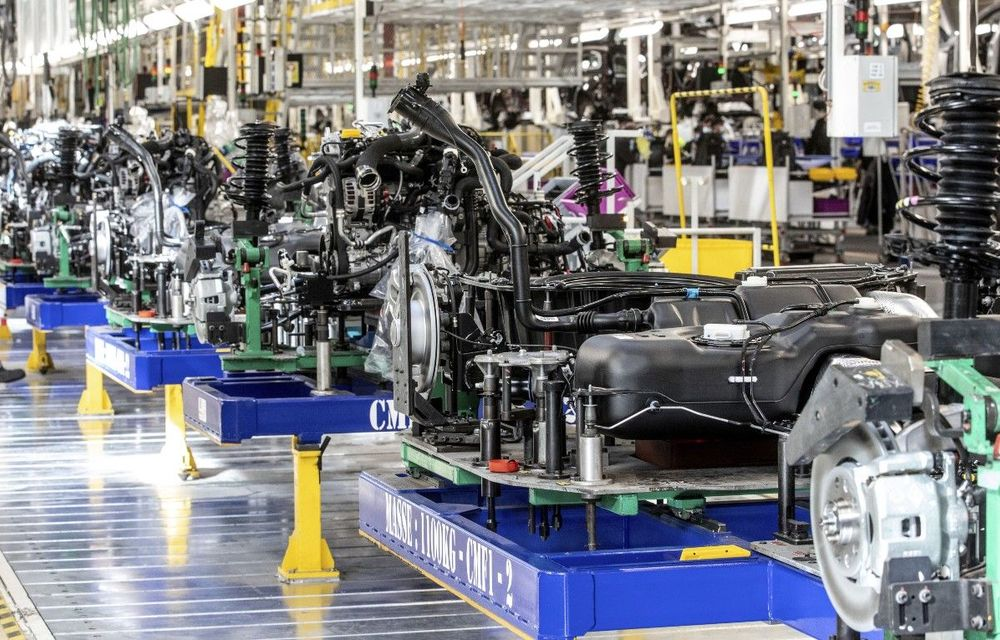 Renault lansează ElectriCity, polul industrial prin care vrea să producă 400.000 de mașini electrice pe an - Poza 1