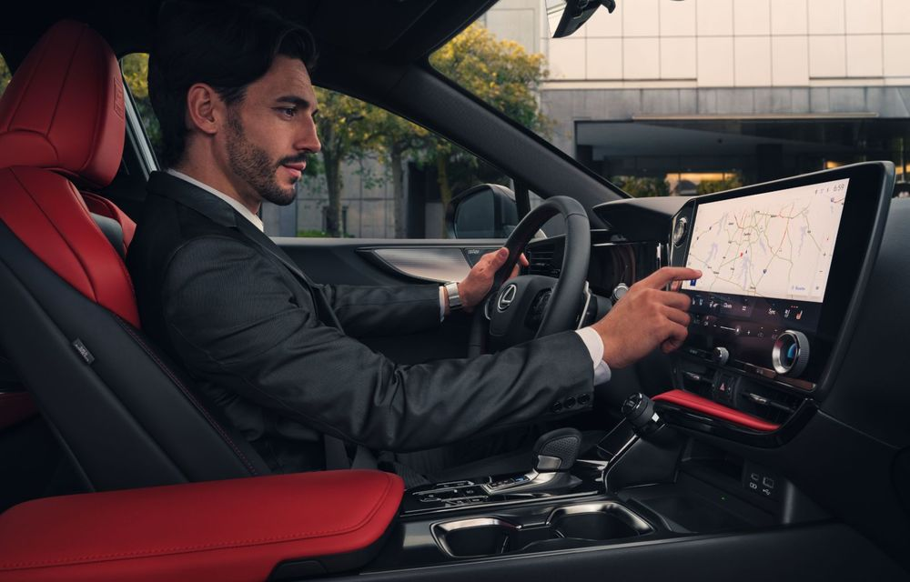 Noul Lexus NX: platformă nouă și versiune plug-in hibrid, o premieră pentru marca niponă - Poza 33
