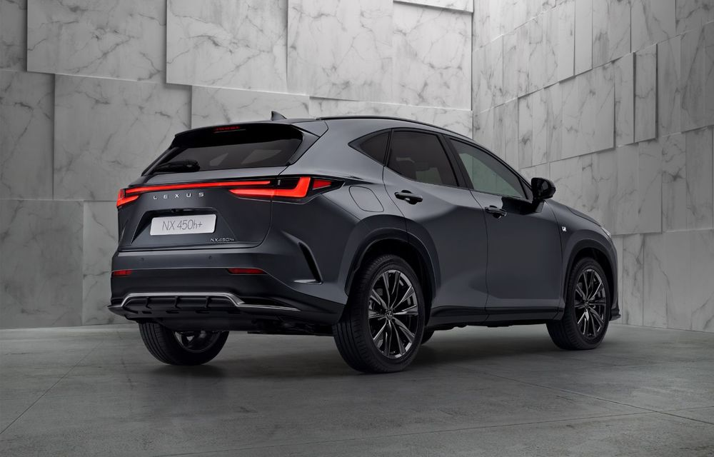 Noul Lexus NX: platformă nouă și versiune plug-in hibrid, o premieră pentru marca niponă - Poza 12