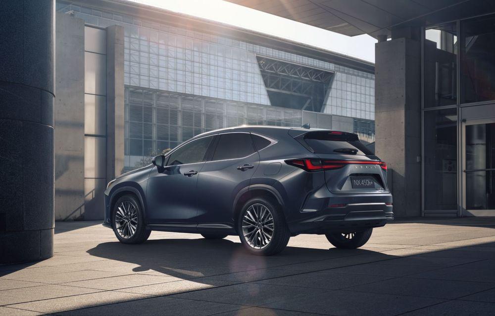 Noul Lexus NX: platformă nouă și versiune plug-in hibrid, o premieră pentru marca niponă - Poza 22