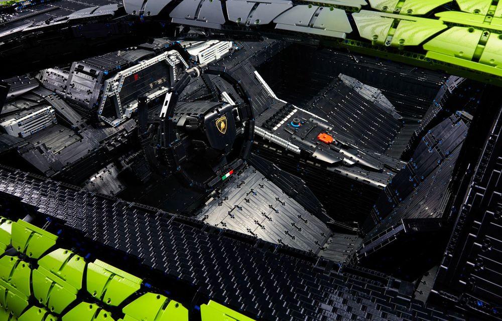 Cea mai nouă machetă Lego este acest Lamborghini Sian în mărime naturală - Poza 15