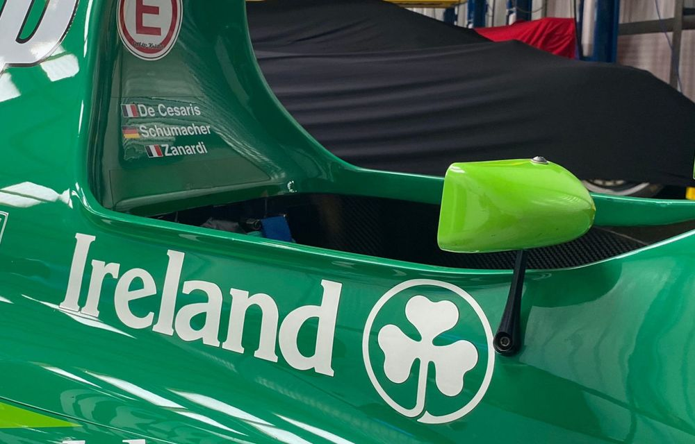Primul monopost de Formula 1 pilotat de Michael Schumacher a fost scos la vânzare - Poza 5