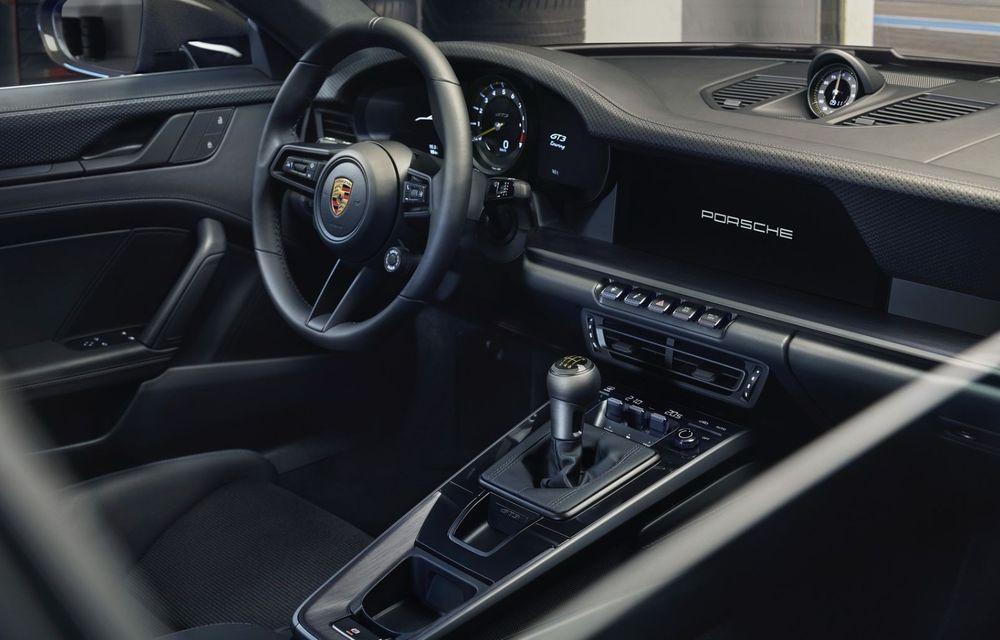 Noul Porsche 911 GT3 Touring: aceiași 510 CP, dar fără eleron supradimensionat - Poza 14