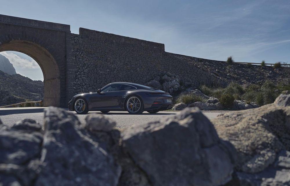 Noul Porsche 911 GT3 Touring: aceiași 510 CP, dar fără eleron supradimensionat - Poza 9