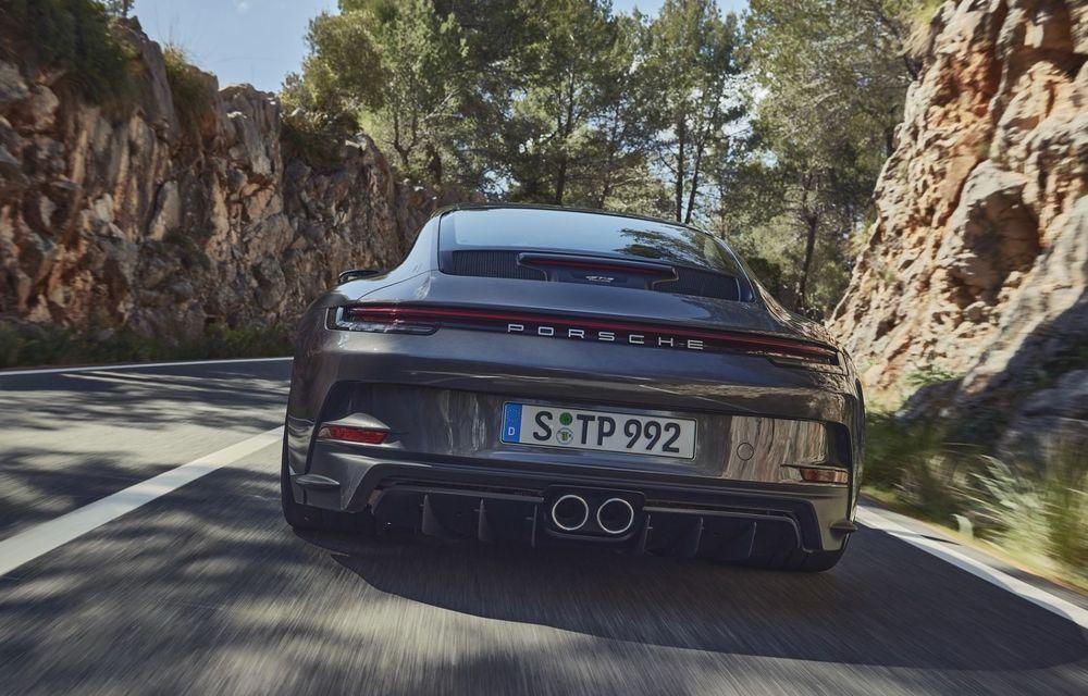 Noul Porsche 911 GT3 Touring: aceiași 510 CP, dar fără eleron supradimensionat - Poza 13