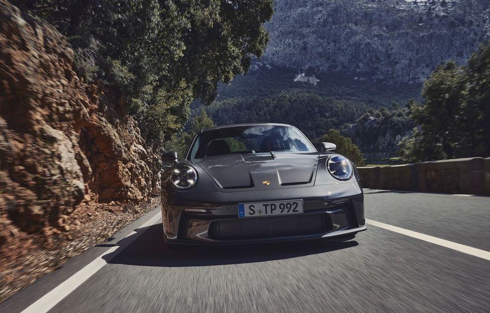 Noul Porsche 911 GT3 Touring: aceiași 510 CP, dar fără eleron supradimensionat - Poza 6
