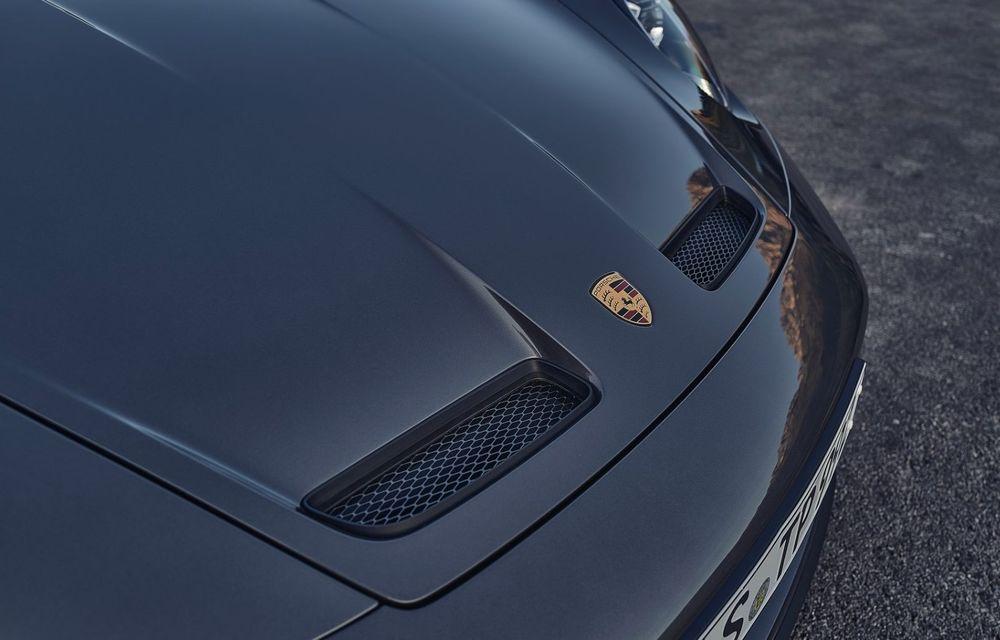 Noul Porsche 911 GT3 Touring: aceiași 510 CP, dar fără eleron supradimensionat - Poza 17