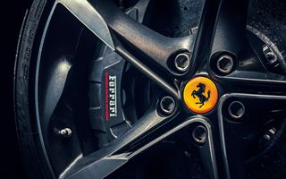 TEASER: Ferrari va prezenta un nou supercar în 24 iunie