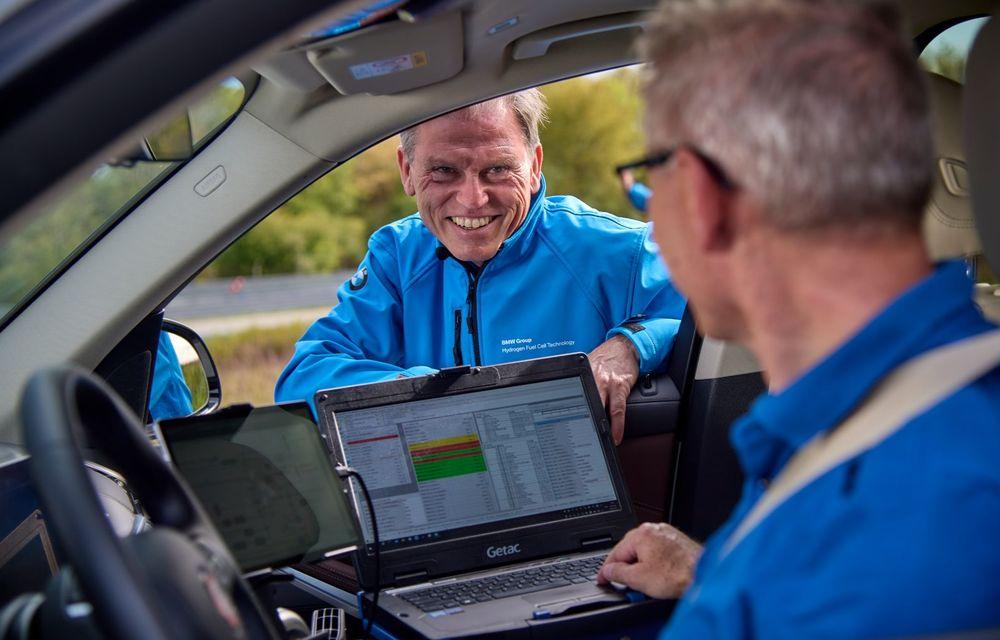 BMW a început testele cu prototipul i Hydrogen Next, un X5 electric alimentat cu hidrogen - Poza 18