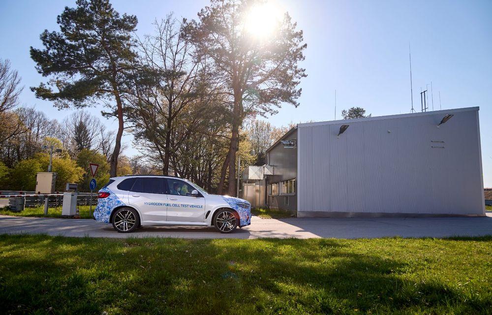 BMW a început testele cu prototipul i Hydrogen Next, un X5 electric alimentat cu hidrogen - Poza 14